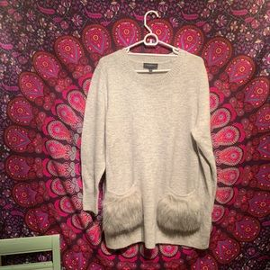 Lane Bryant gray sweater with fur pockets!